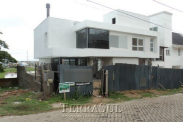 TerraSul Imóveis - Casa 3 Dorm, Ipanema (IPA9824)