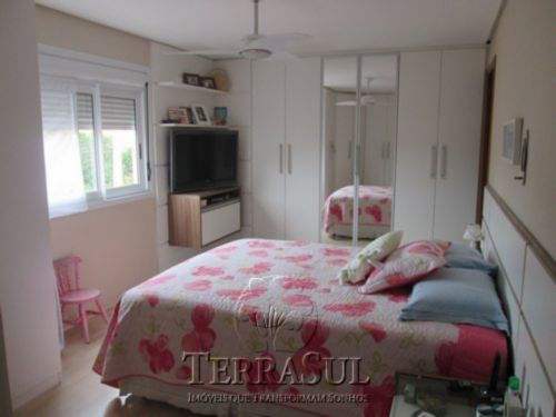 Casa 4 Dorm, Tristeza, Porto Alegre (TZ9711) - Foto 20