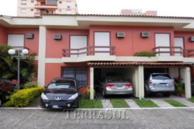 Petit Village - Casa 4 Dorm, Tristeza, Porto Alegre (TZ9503)