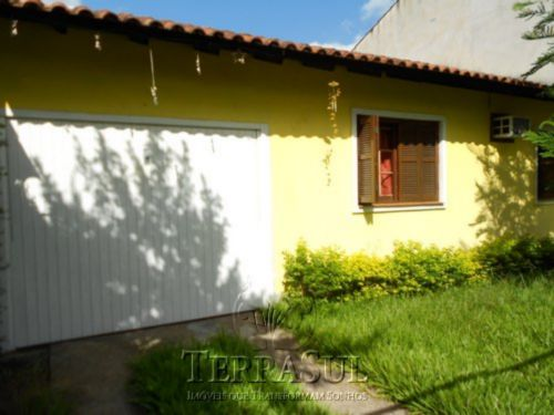 TerraSul Imóveis - Casa 3 Dorm, Ipanema (IPA9617)