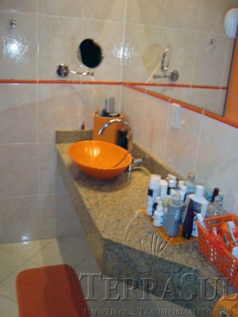 TerraSul Imóveis - Casa 3 Dorm, Tristeza (TZ8845) - Foto 8